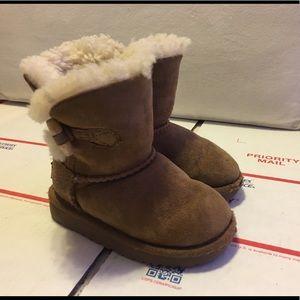 Uggs Ebony Boot Kids Size 7 / Chestnut Color